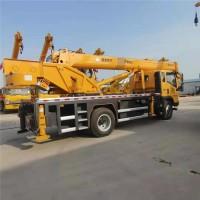 凯威重工 简易移动吊车 8吨-25吨自制底盘吊车质量可靠